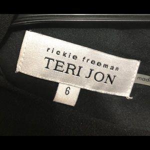 Rickie Freeman for Teri Jon